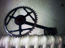 Corona bici a 32 denti con pedale
