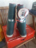 Cassone surfcasting e stivali termici