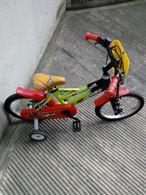 Bicicletta bimbo con rotelle
