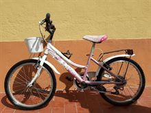 Bicicletta ragazza bambina